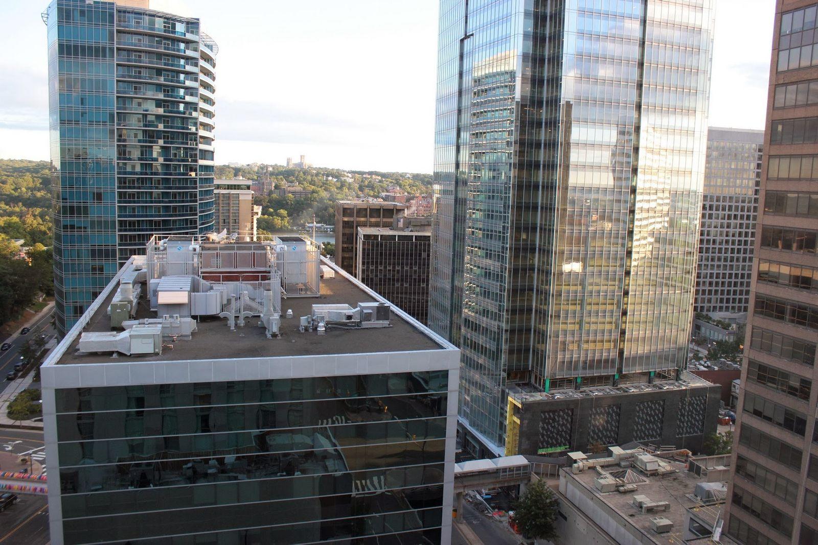 El Hyatt Arlington, entre oficinas
