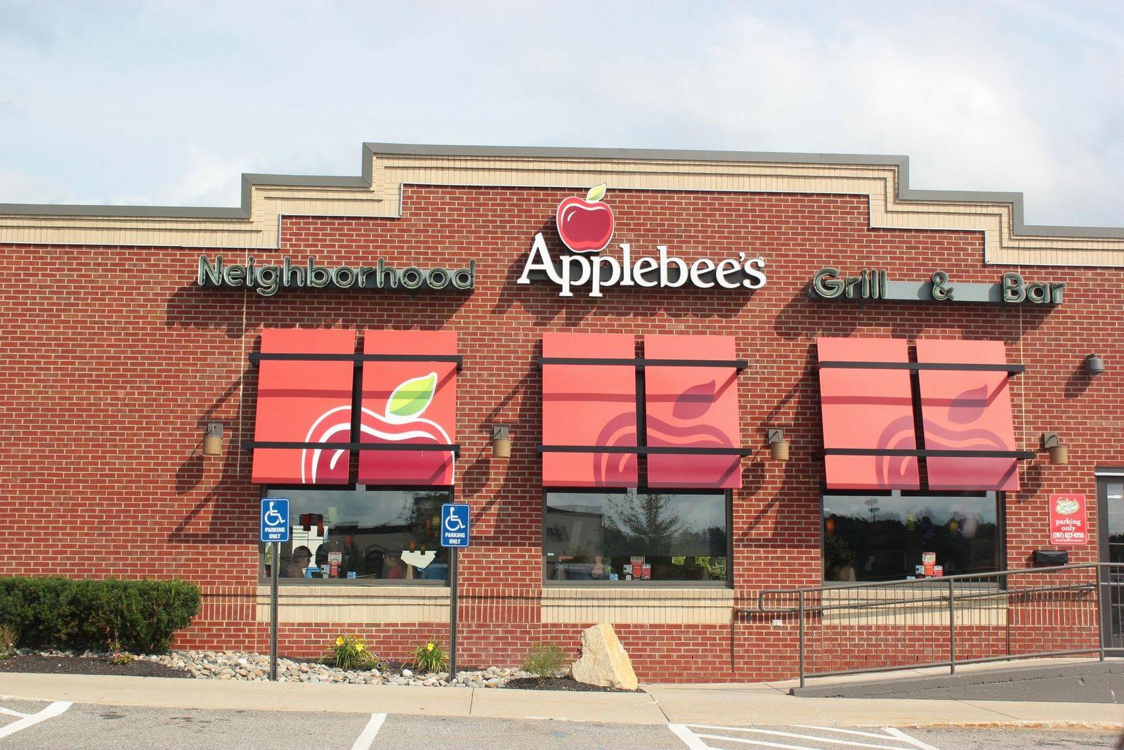 Mediodía, hambre y un Applebee's, señales que no se pueden ignorar
