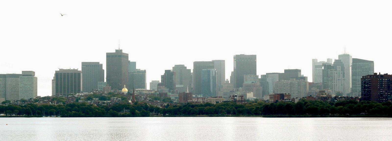 Boston desde la otra orilla del Charles River