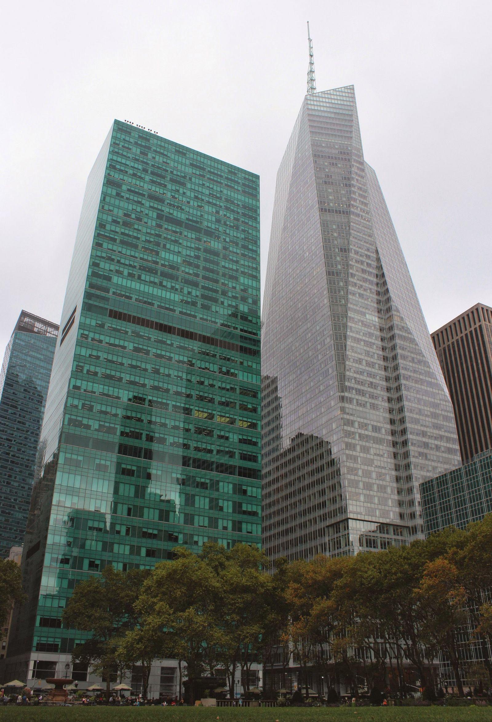 Más rascacielos