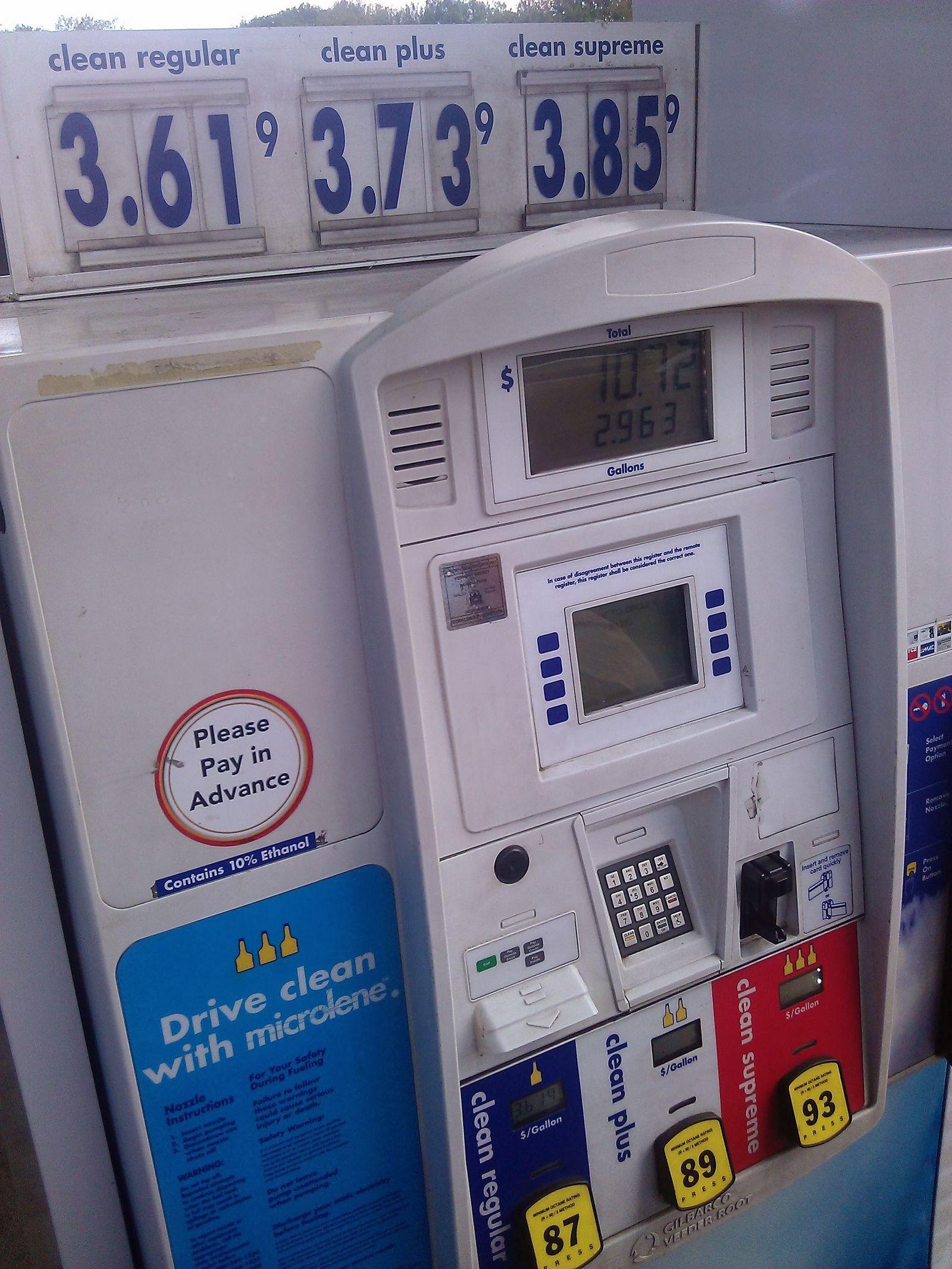 3,61 dólares por galón, la más barata de la zona