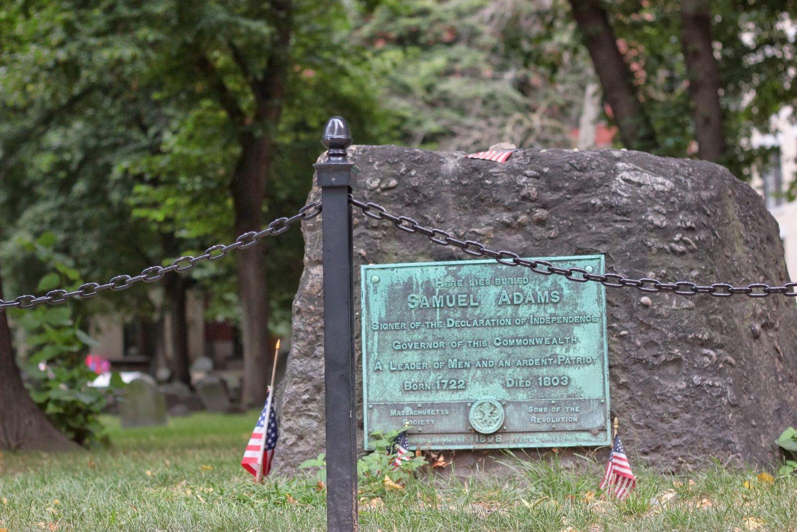 Aquí yace Samuel Adams, firmante de la Declaración de la Independencia