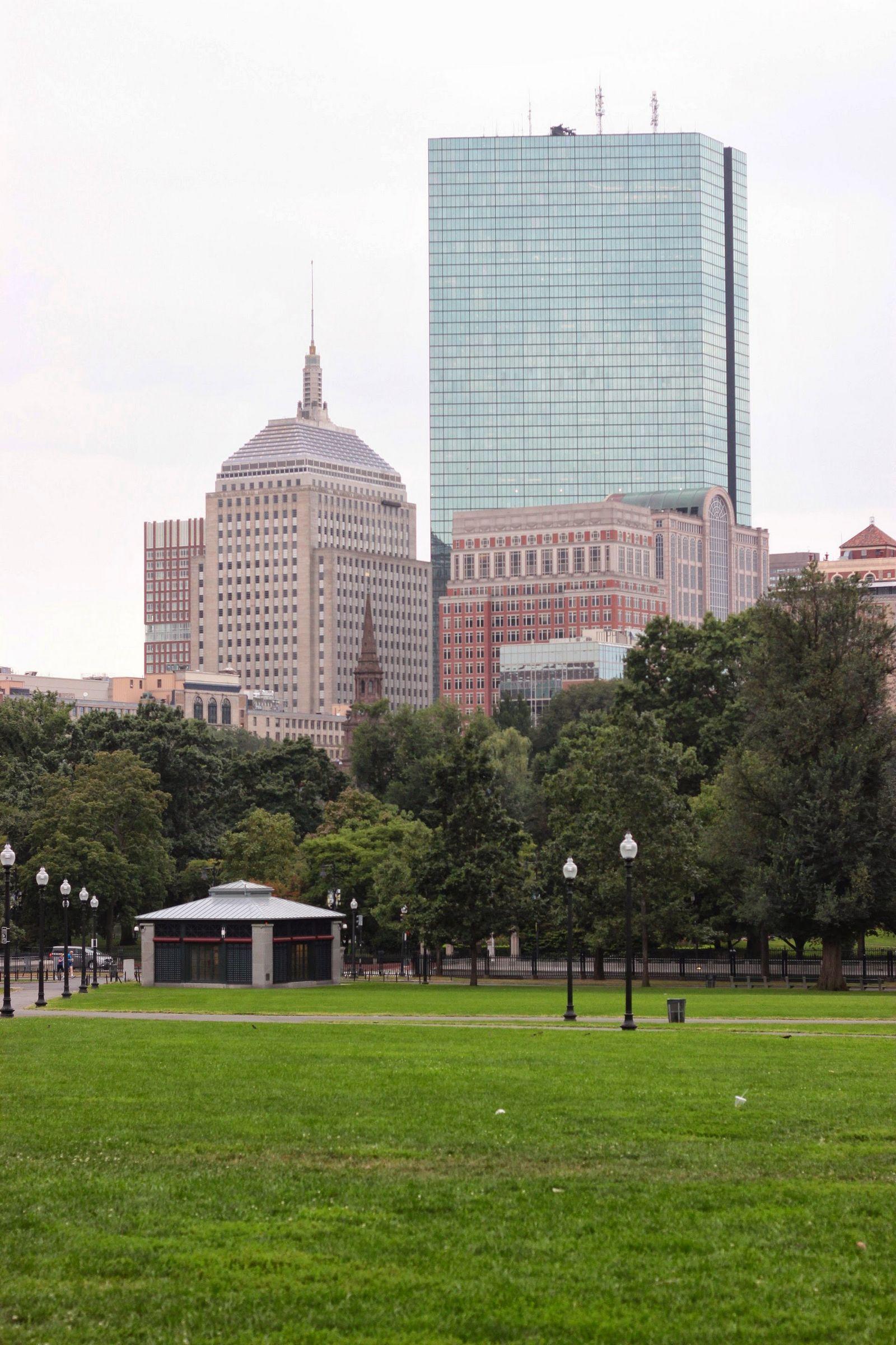 Los rascacielos de la ciudad, desde el Boston Common