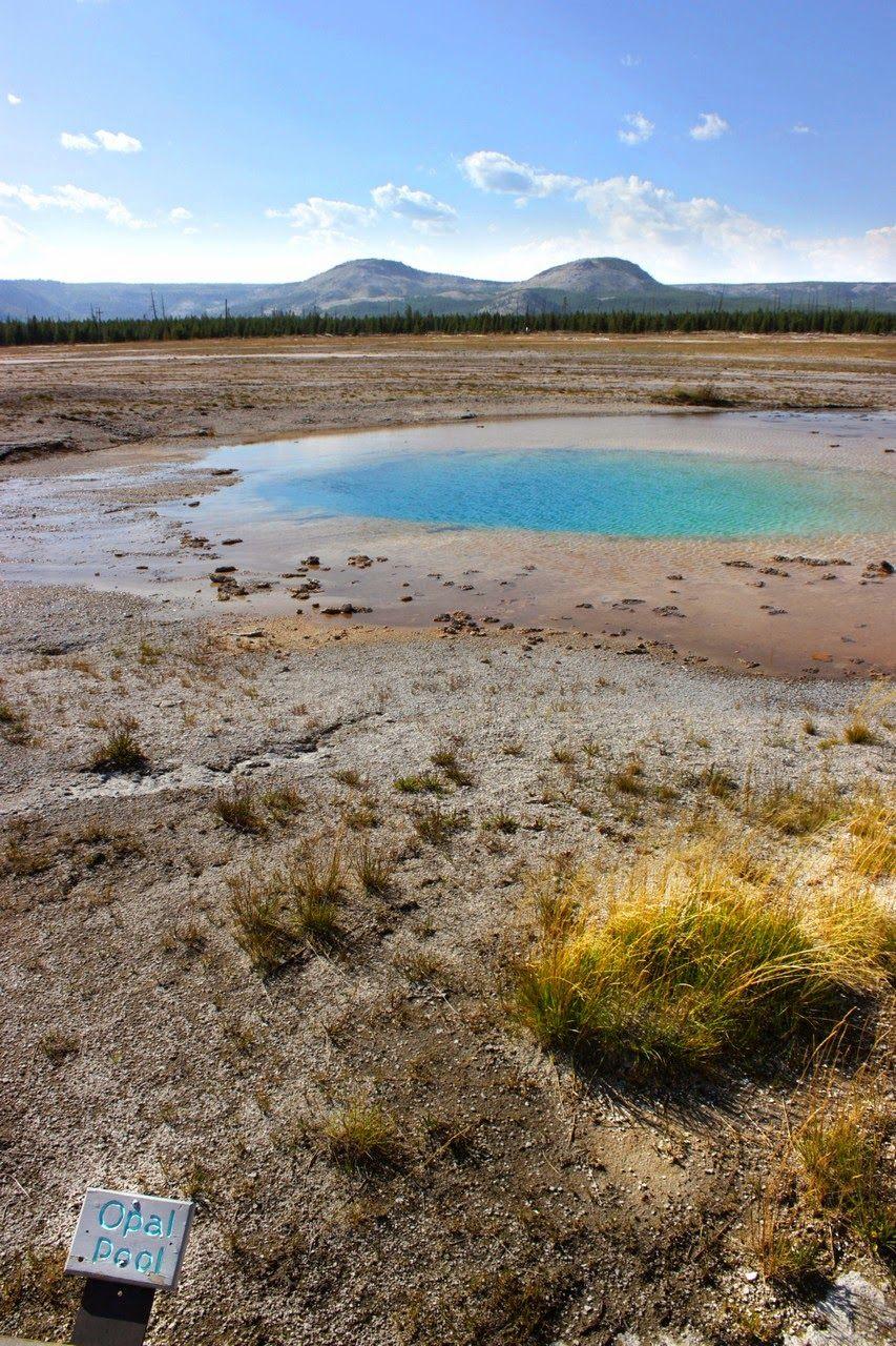 Opal Pool, la tercera en discordia del Midway Geyser Basin