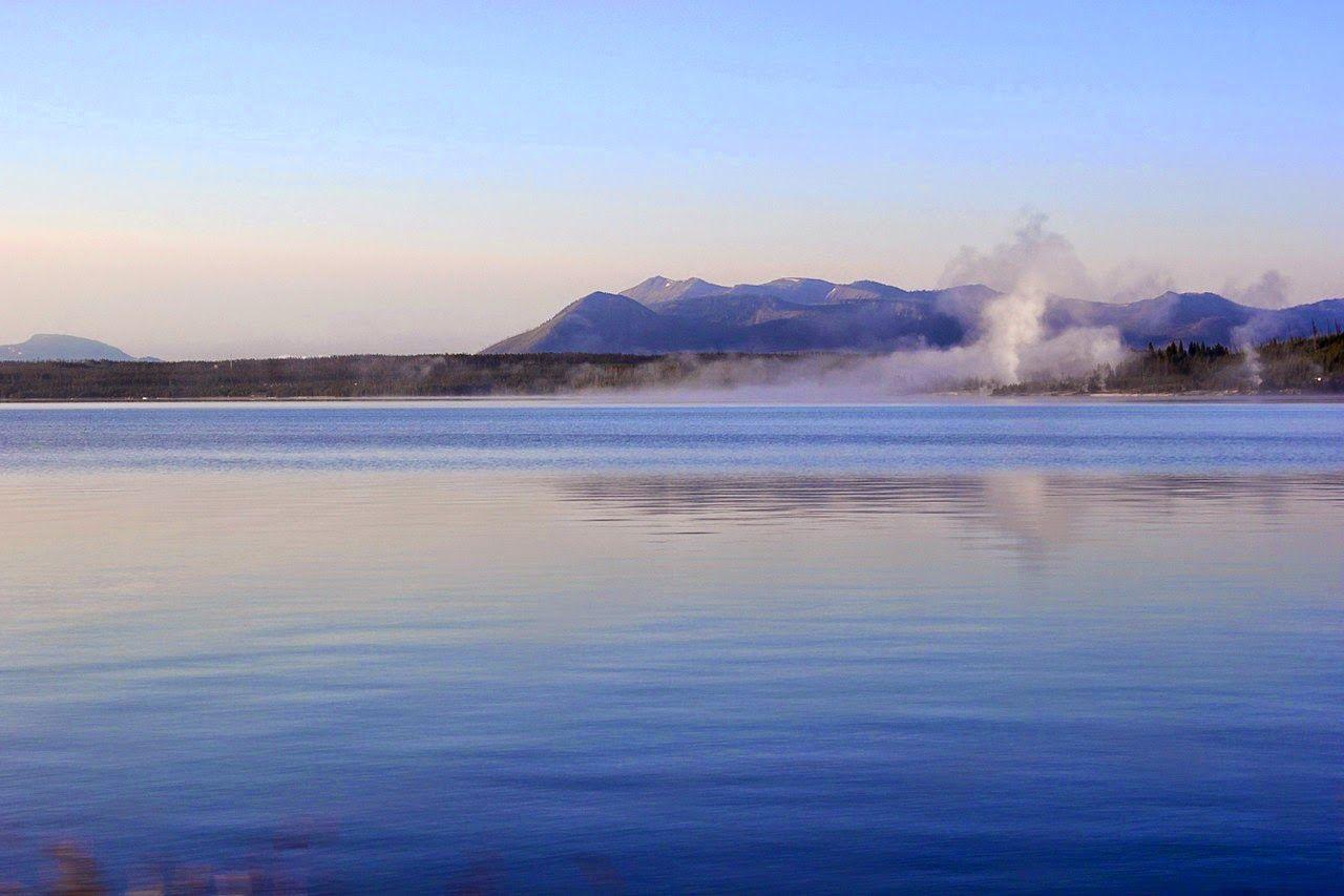 Las columnas de vapor del West Thumb Basin