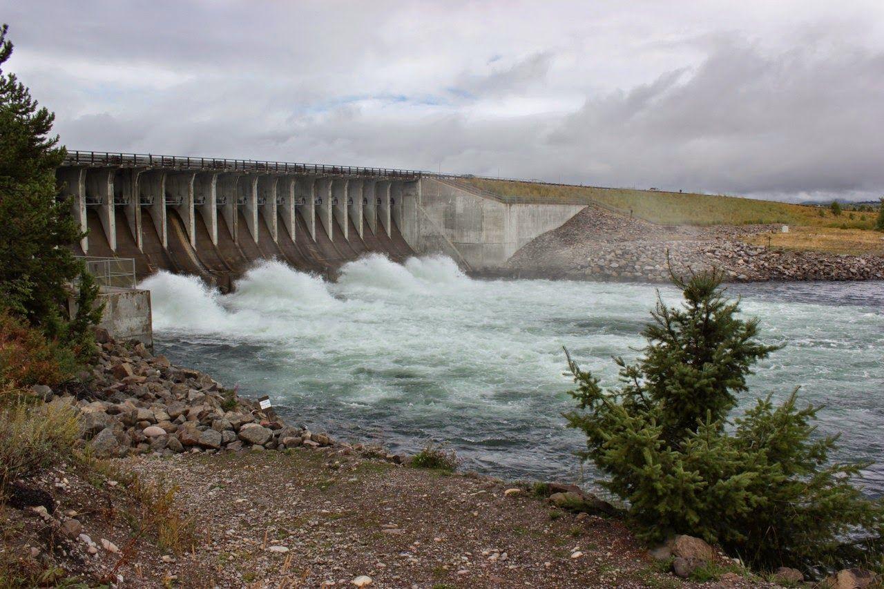 Agua y más agua en la Jackson Lake Dam