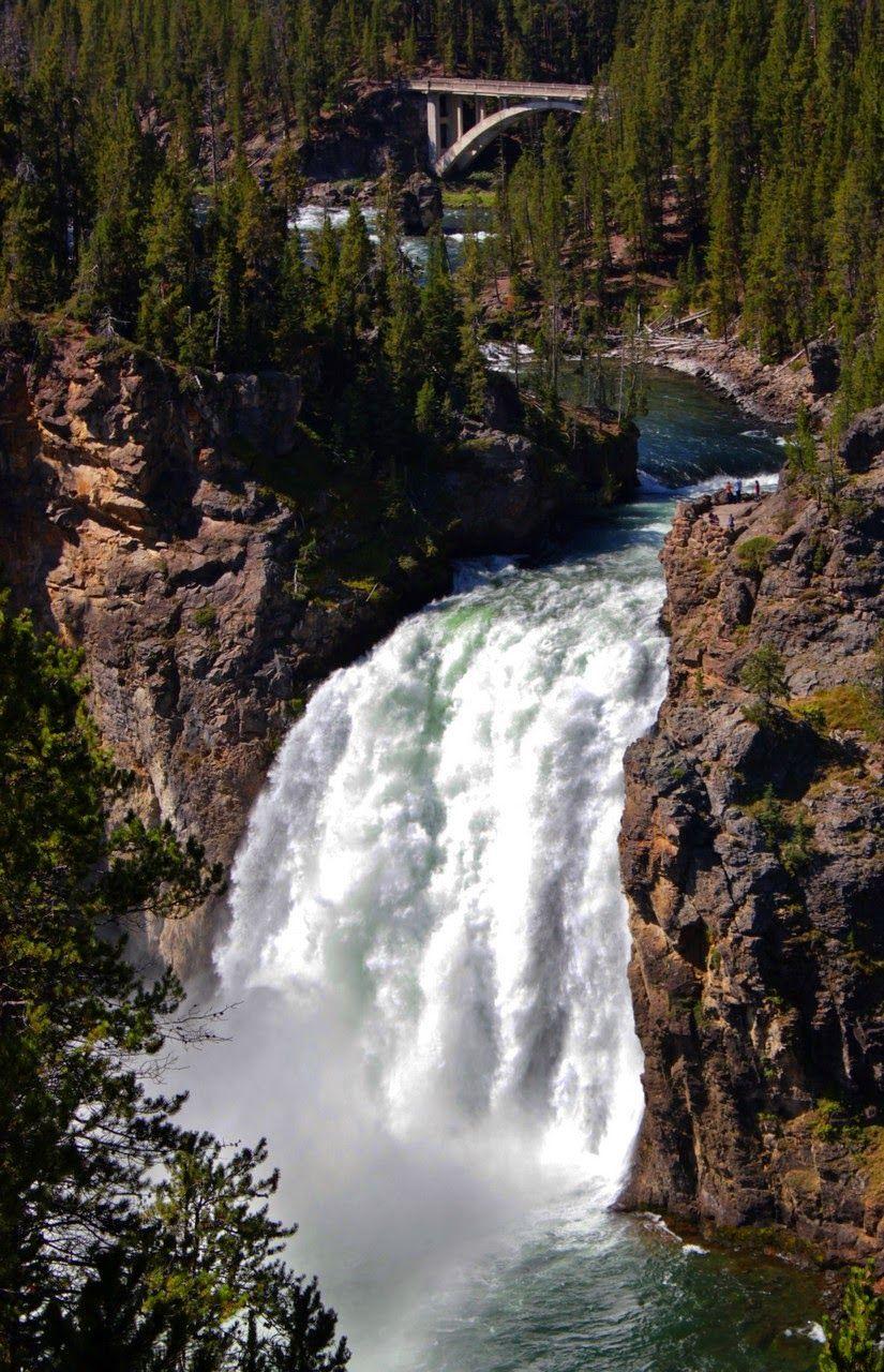 Las Upper Falls sufriendo la comparación