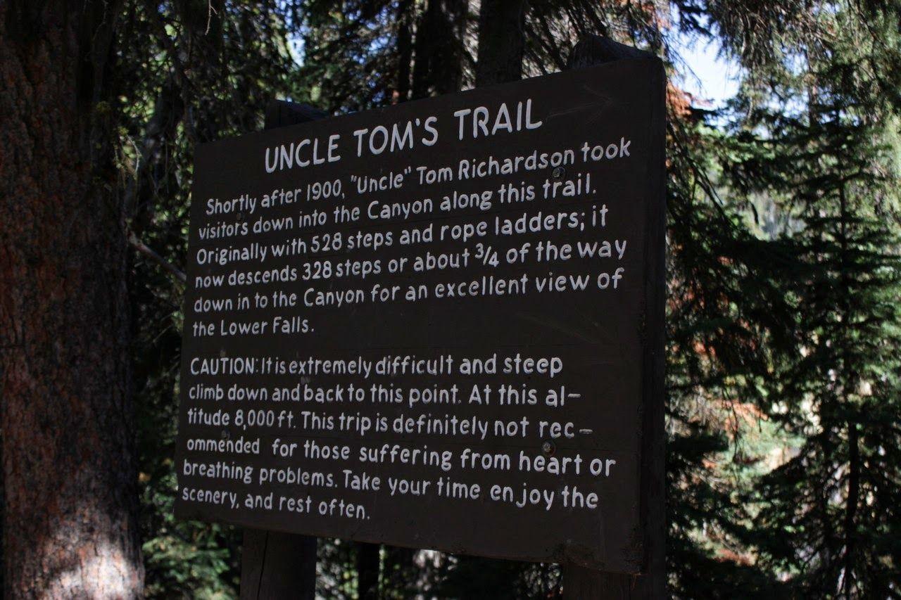Poniendo sobre aviso a los visitantes del Uncle Tom's