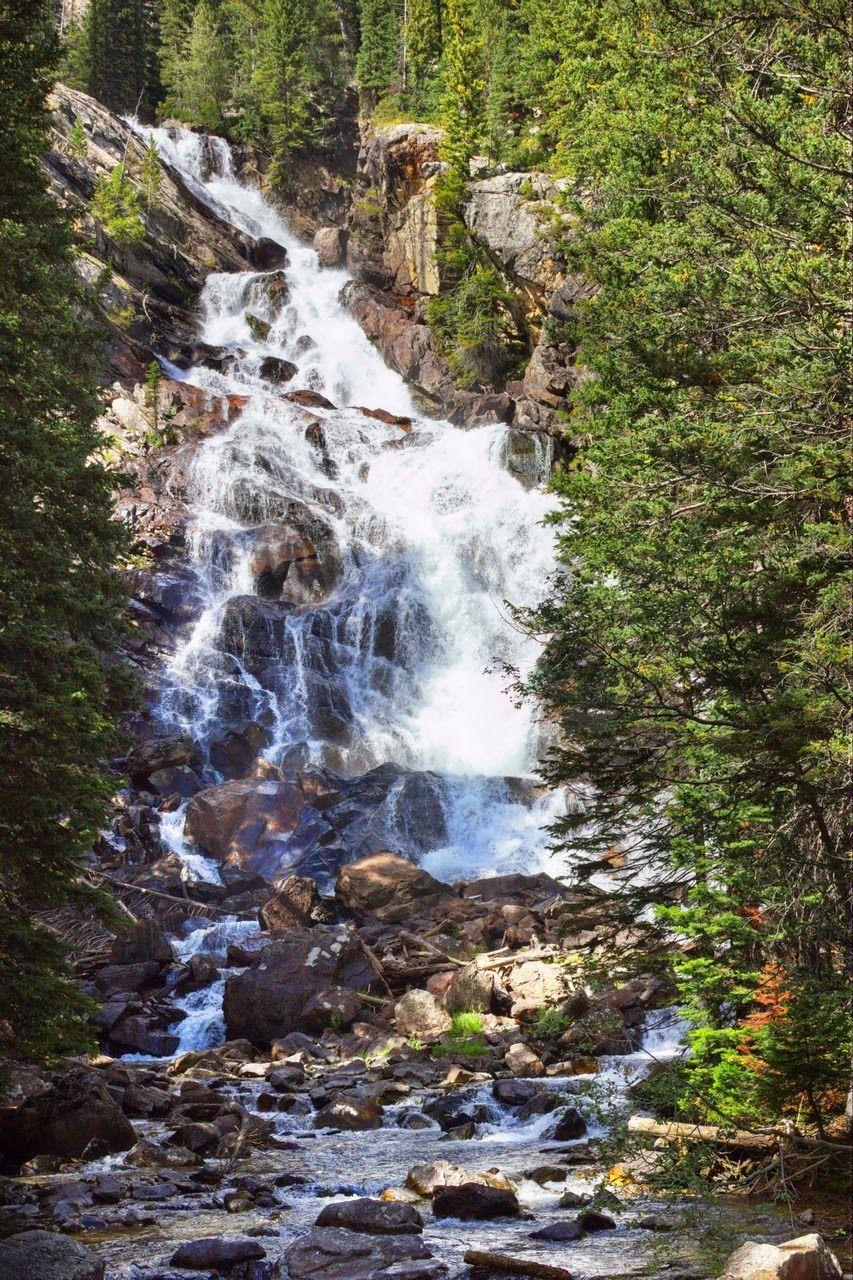 Hidden Falls, ahora entre empujones