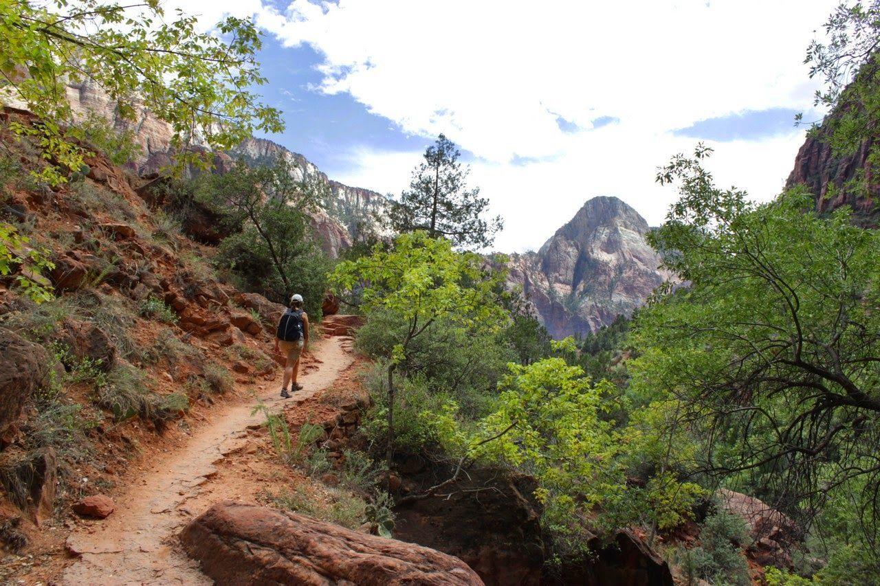 Regresando por el Kayenta Trail