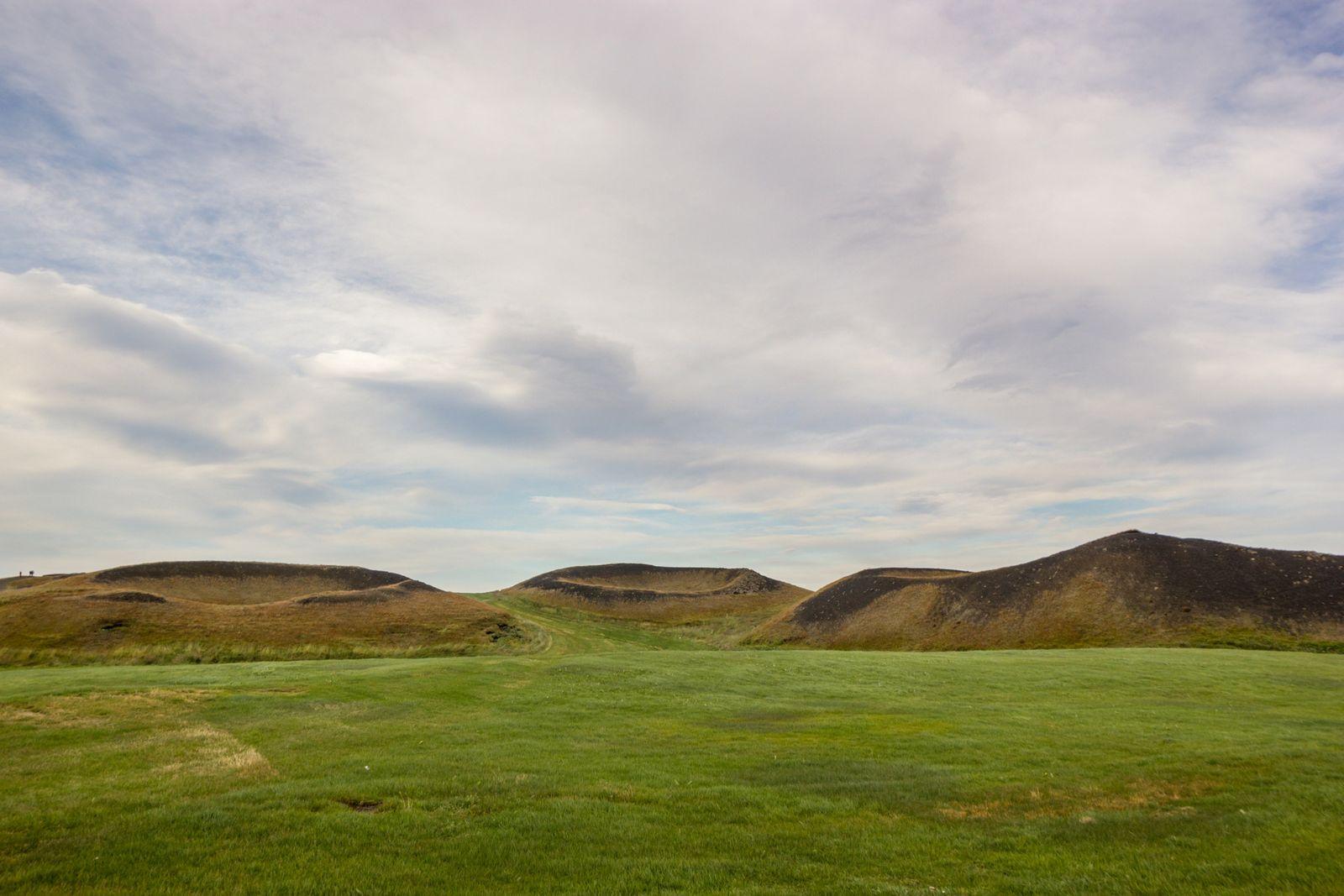Pequeños cráteres, IV