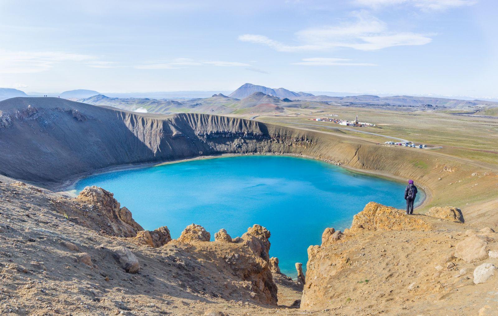 Un asequible rodeo a todo el cráter