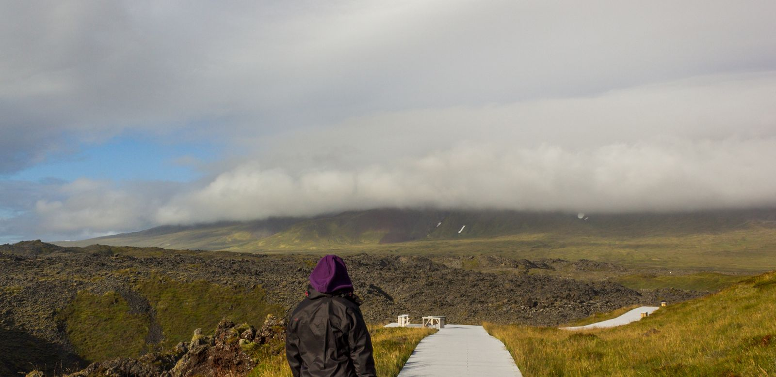 Ahí está, supuestamente, el volcán Snaefellsjökull