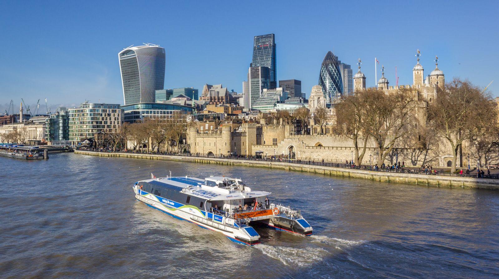 La Torre de Londres, ahora desde el puente