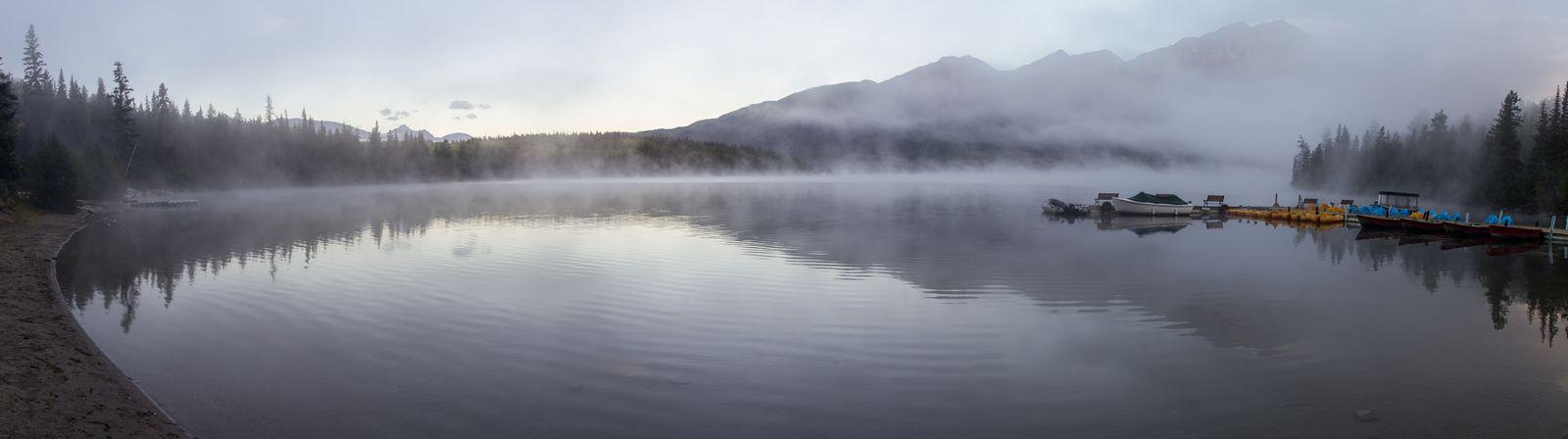 Niebla sobre Pyramid Lake