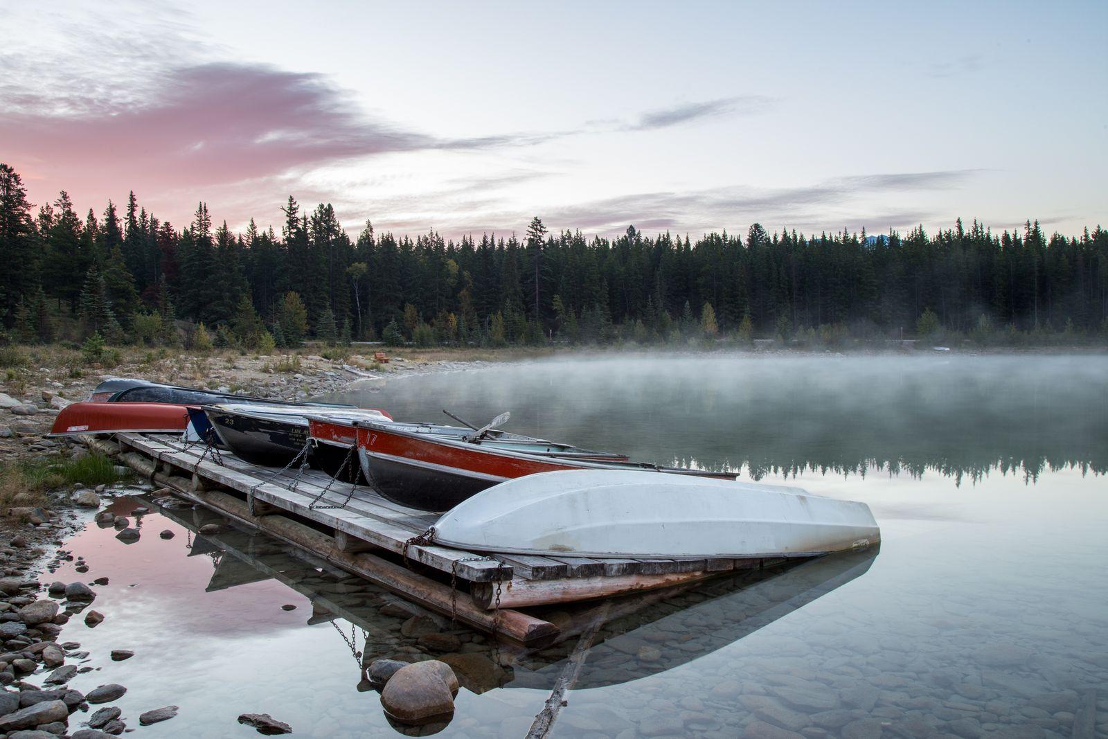 Barcas dándonos la bienvenida a Patricia Lake