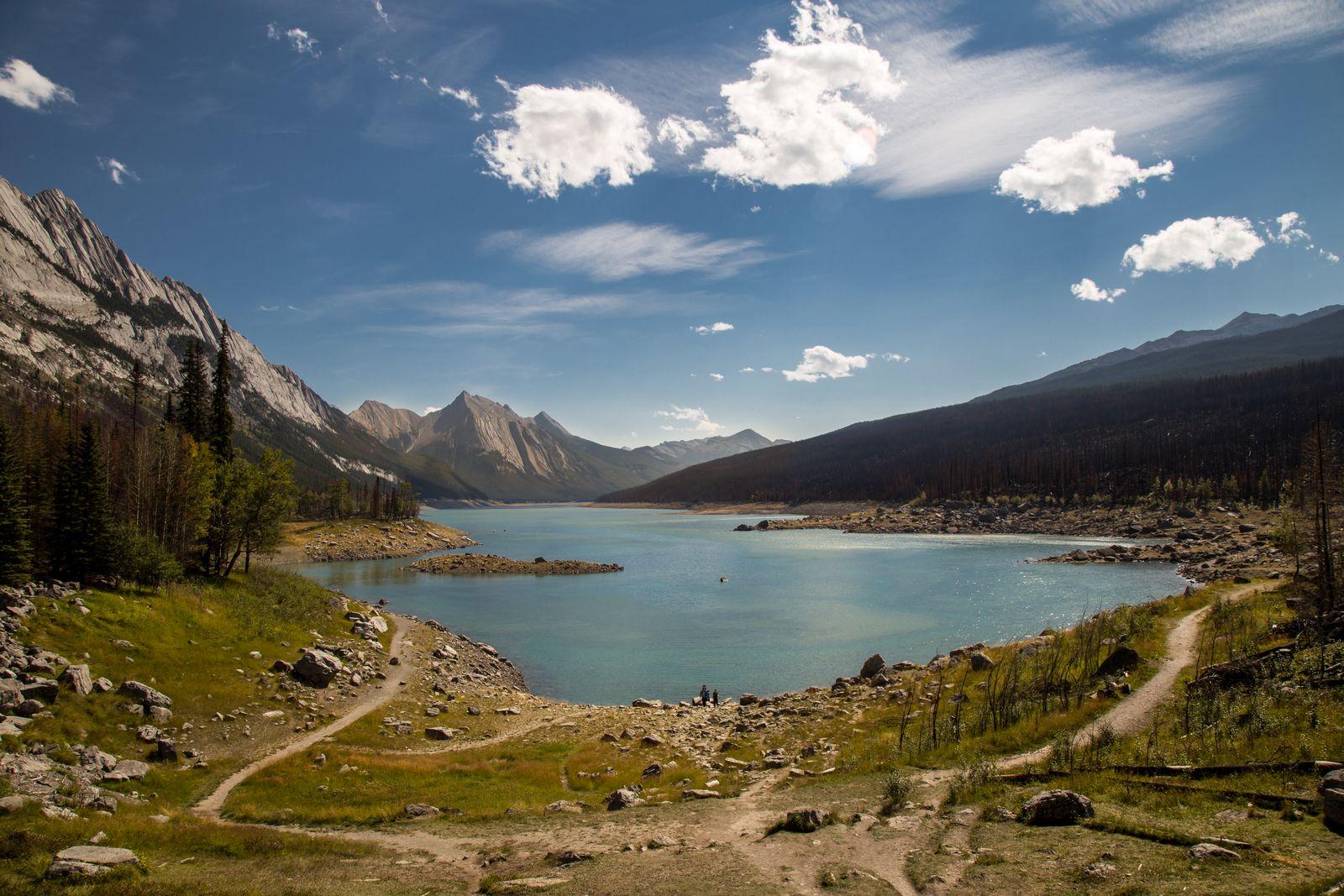 Medicine Lake... toda esa agua desaparece en verano