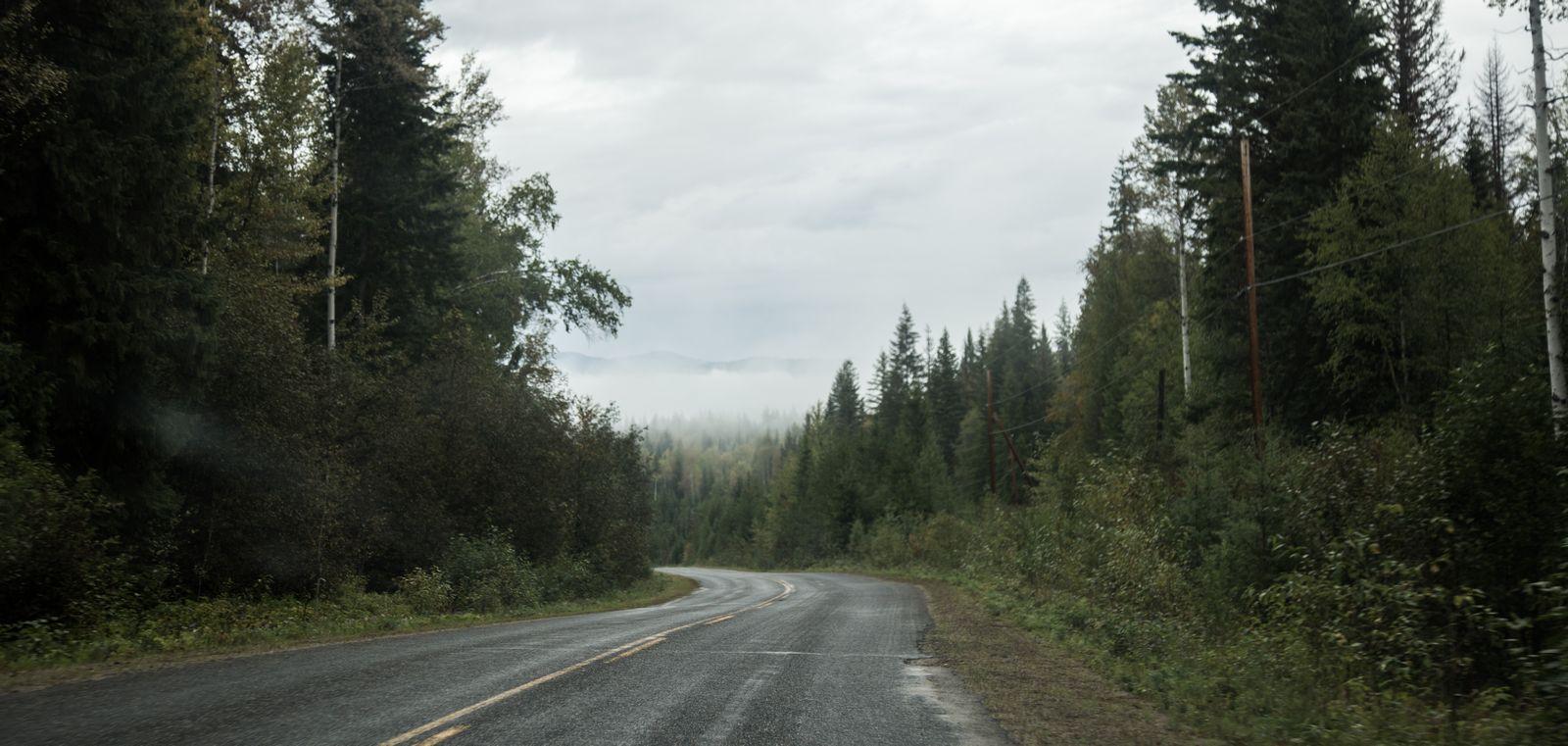 La niebla comienza escampar...
