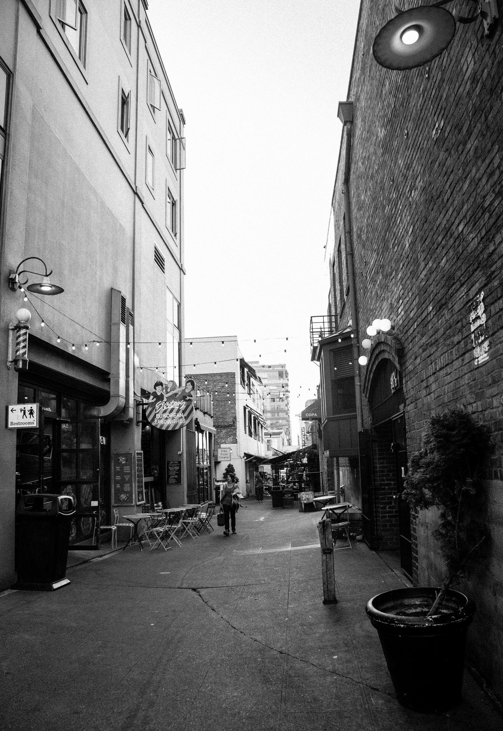 Callejones atravesando el mercado
