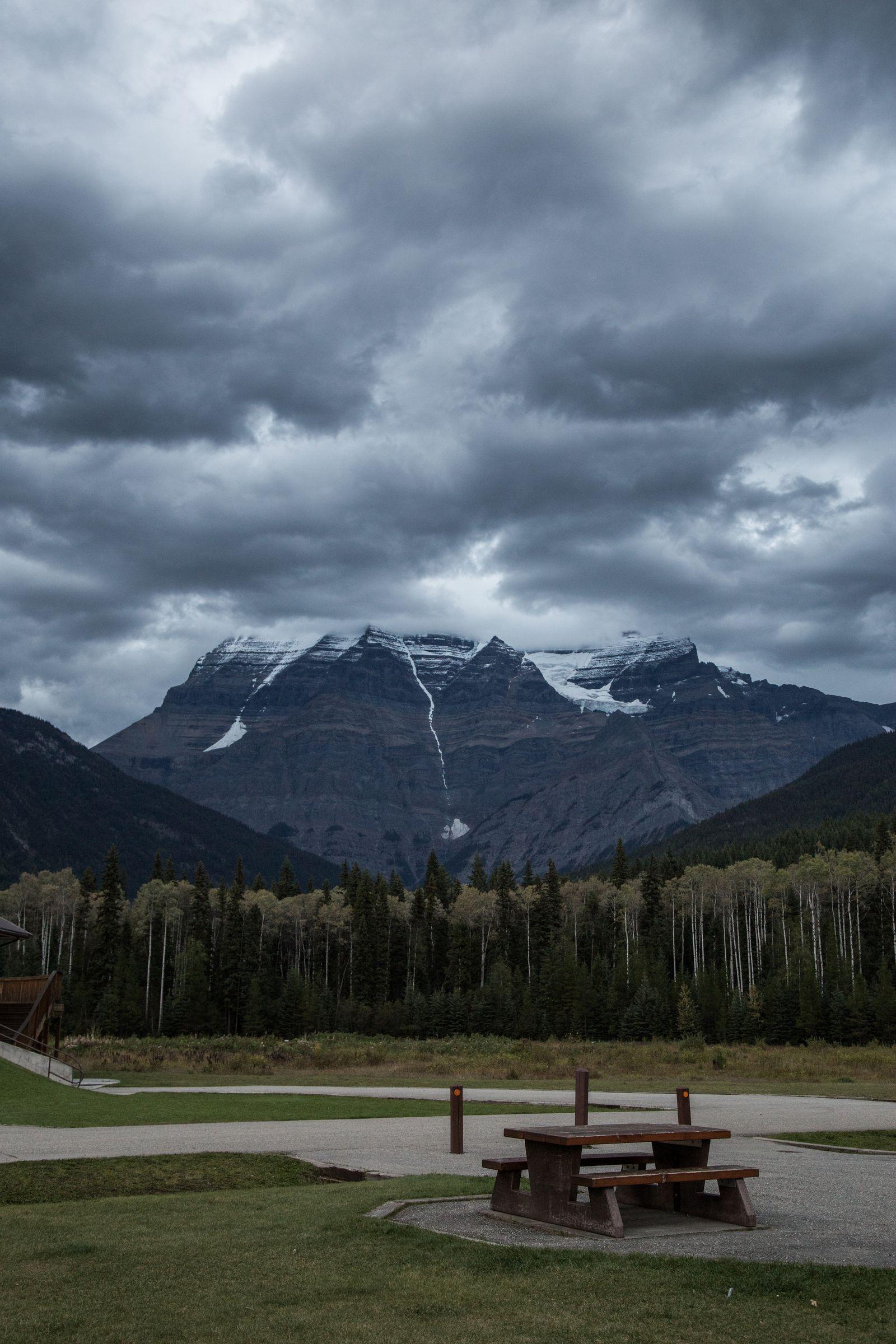Mount Robson y su archienemigo: las nubes