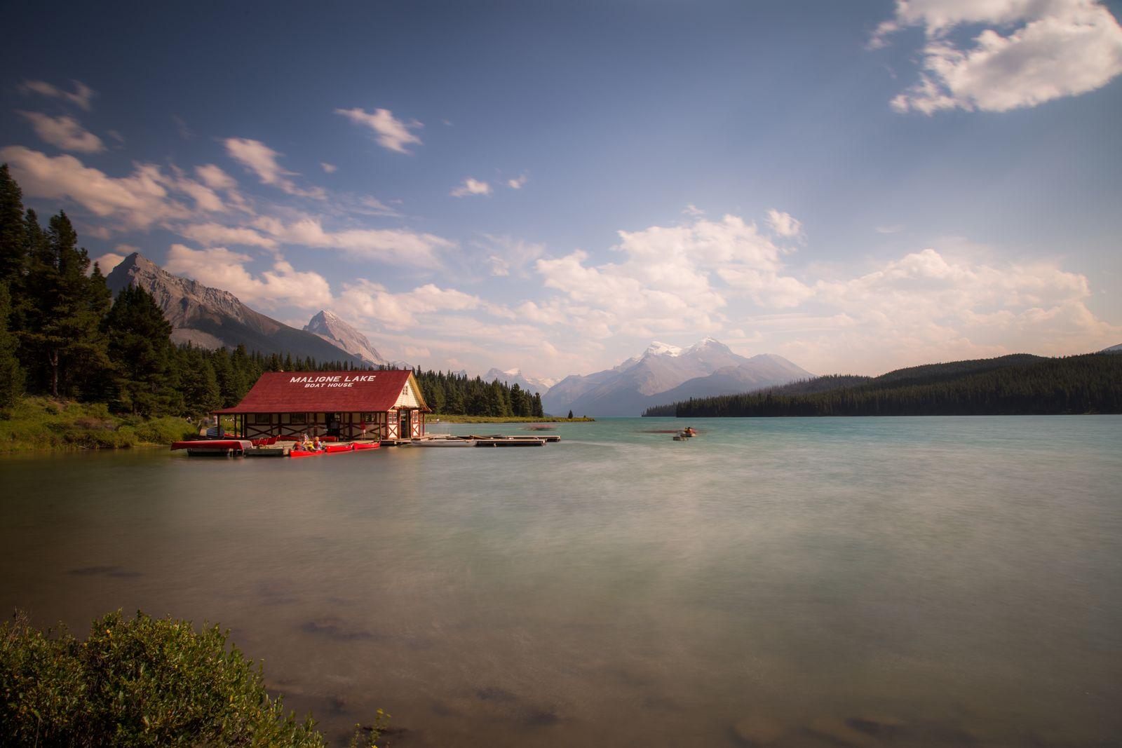 La inevitable foto de Maligne Lake