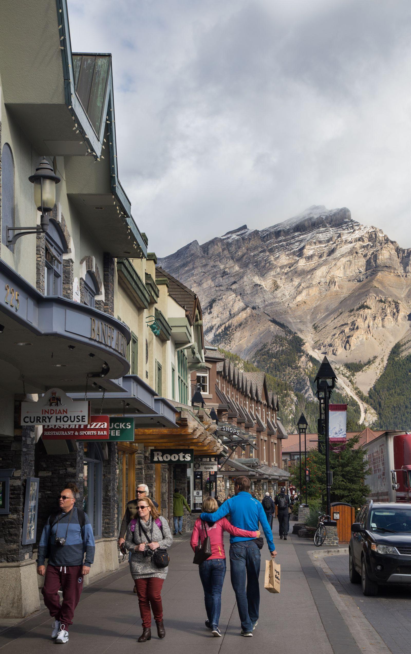Despidiéndonos de Banff Avenue