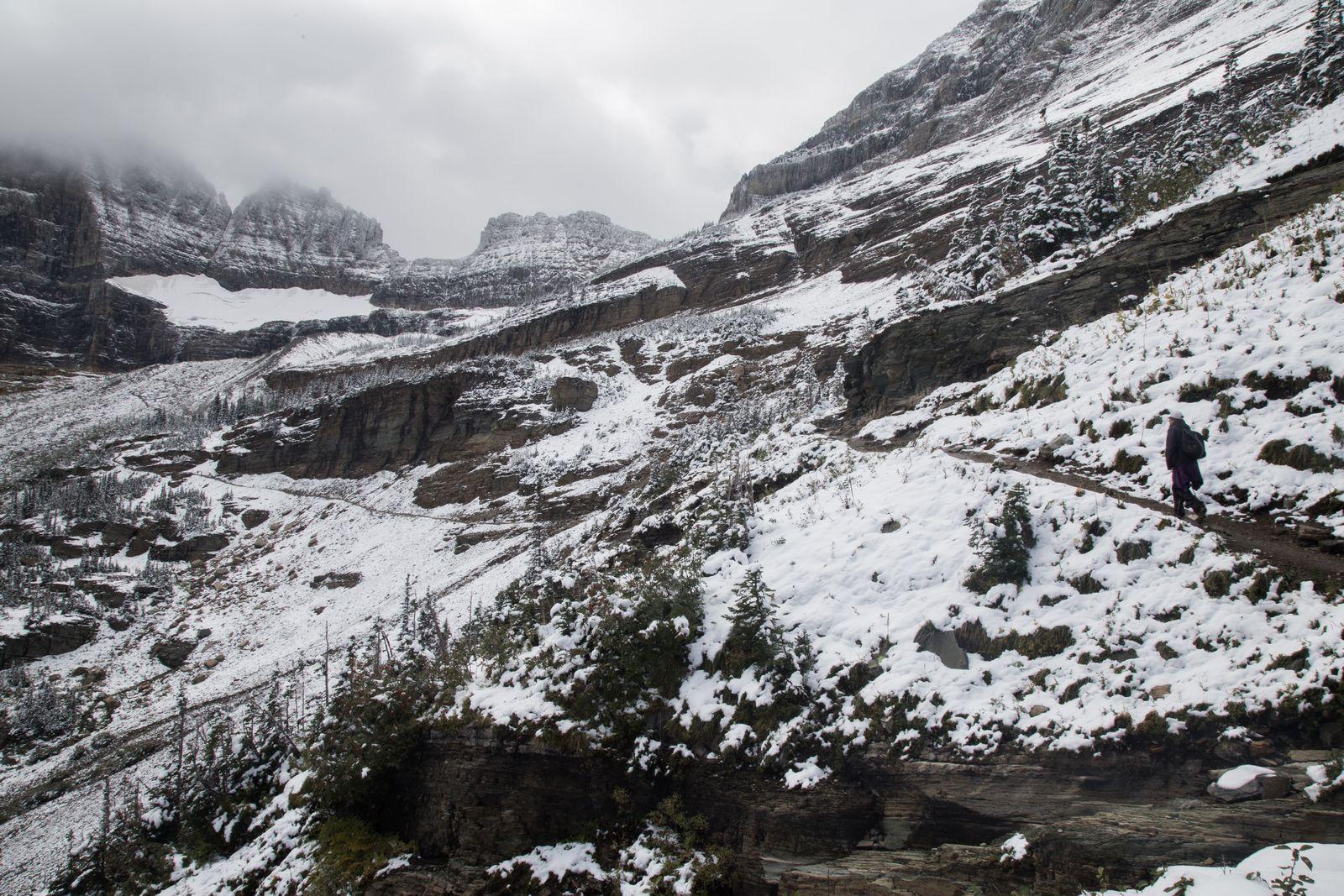 Al fondo, a mano izquierda, ya se distingue el glaciar