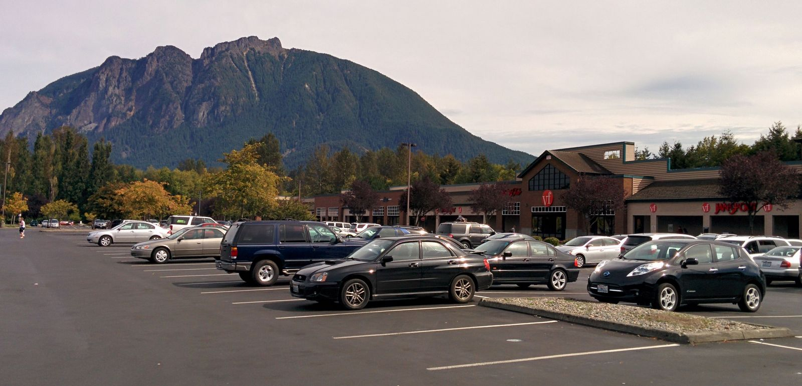 El parking de North Bend Premium Outlets