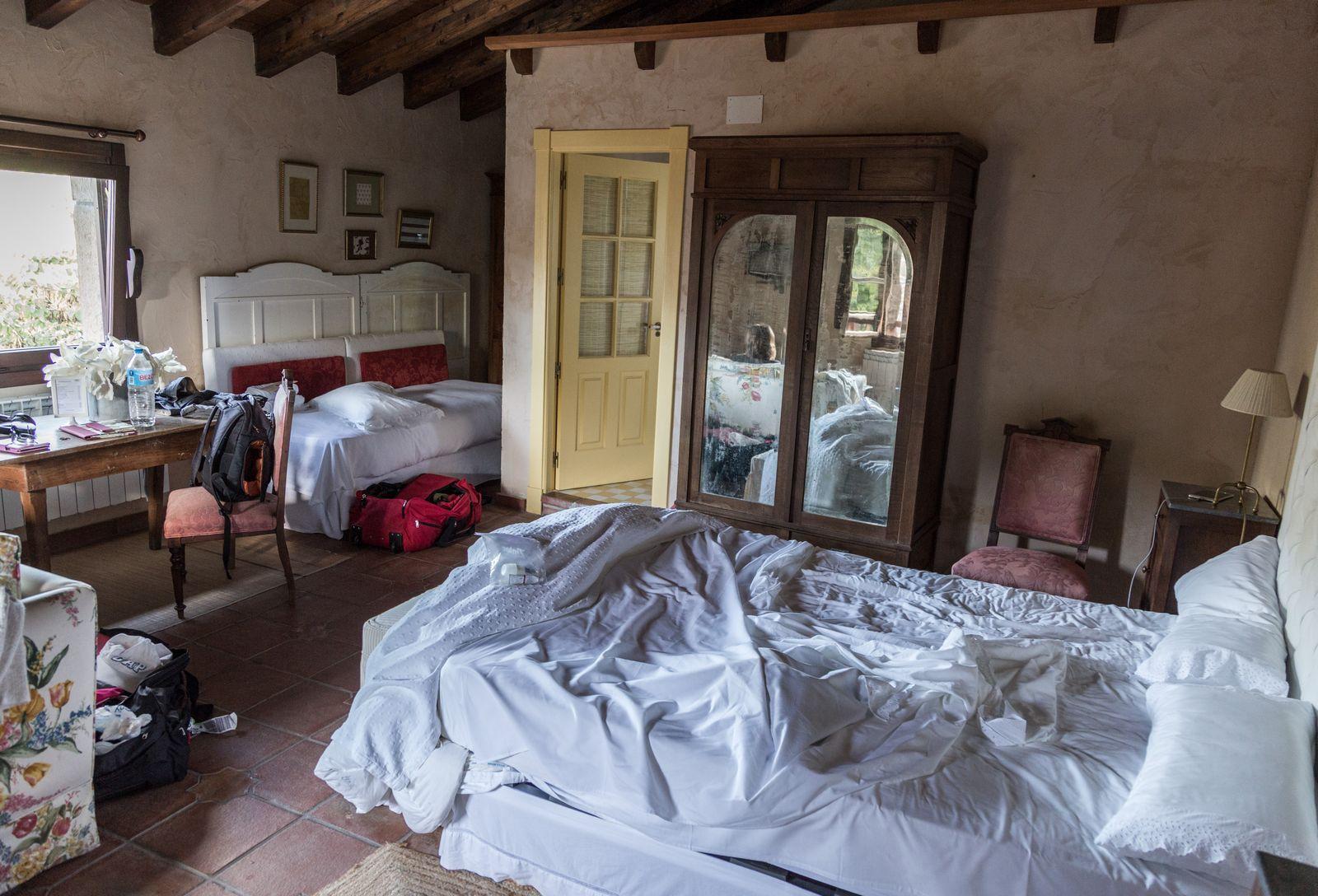 Nuestra rústica habitación (II)