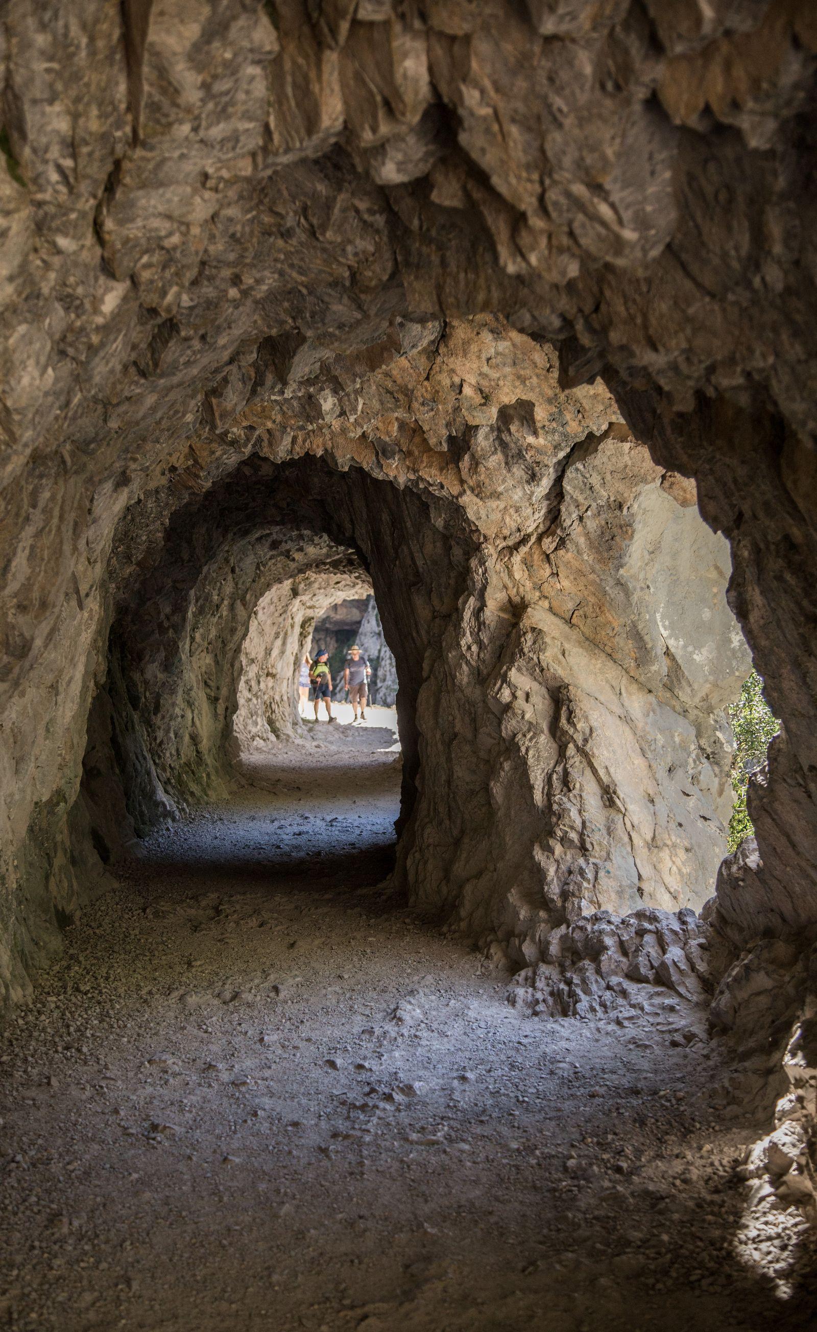 Más túneles, ahora más alumbrados