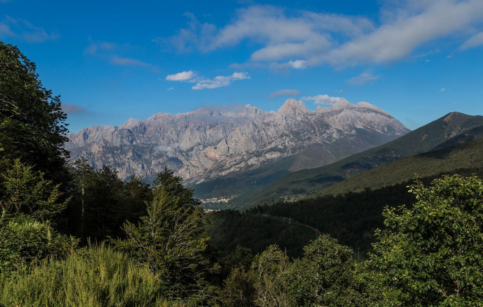 Un último vistazo a la silueta de Picos de Europa