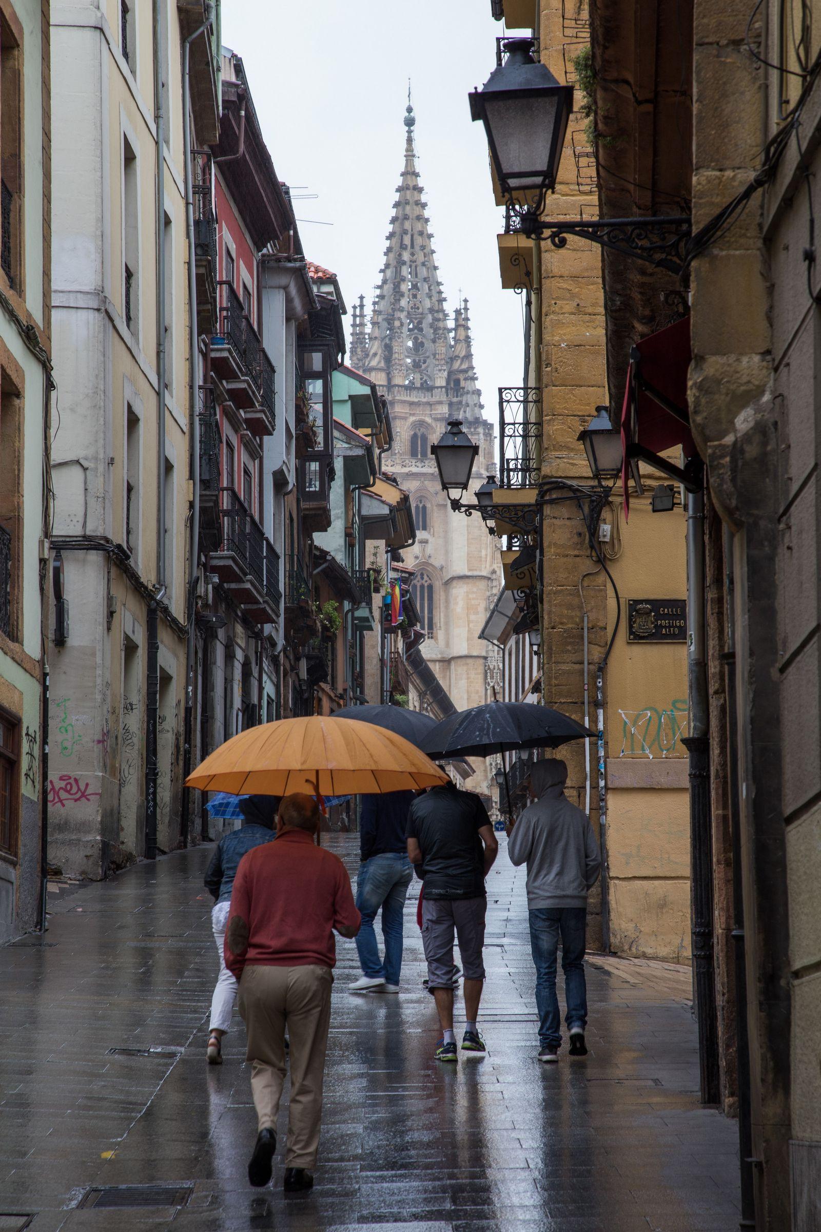 Recorriendo las calles de Oviedo