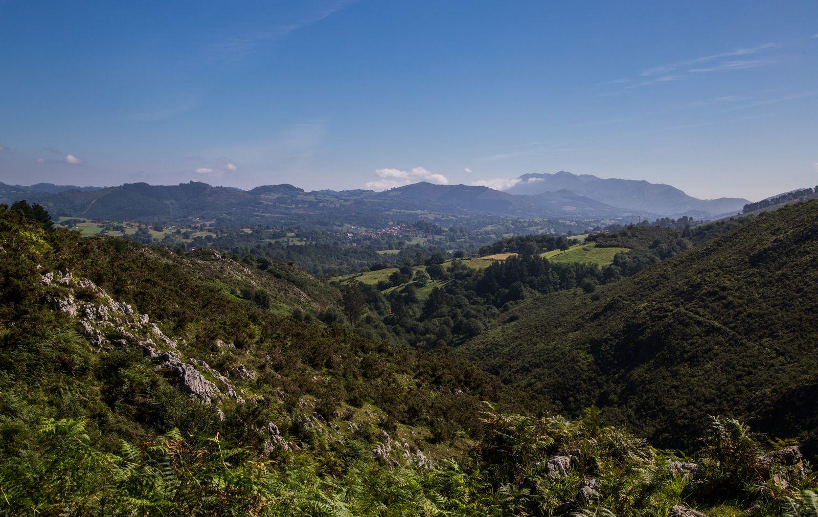 Primeras vistas a los valles asturianos