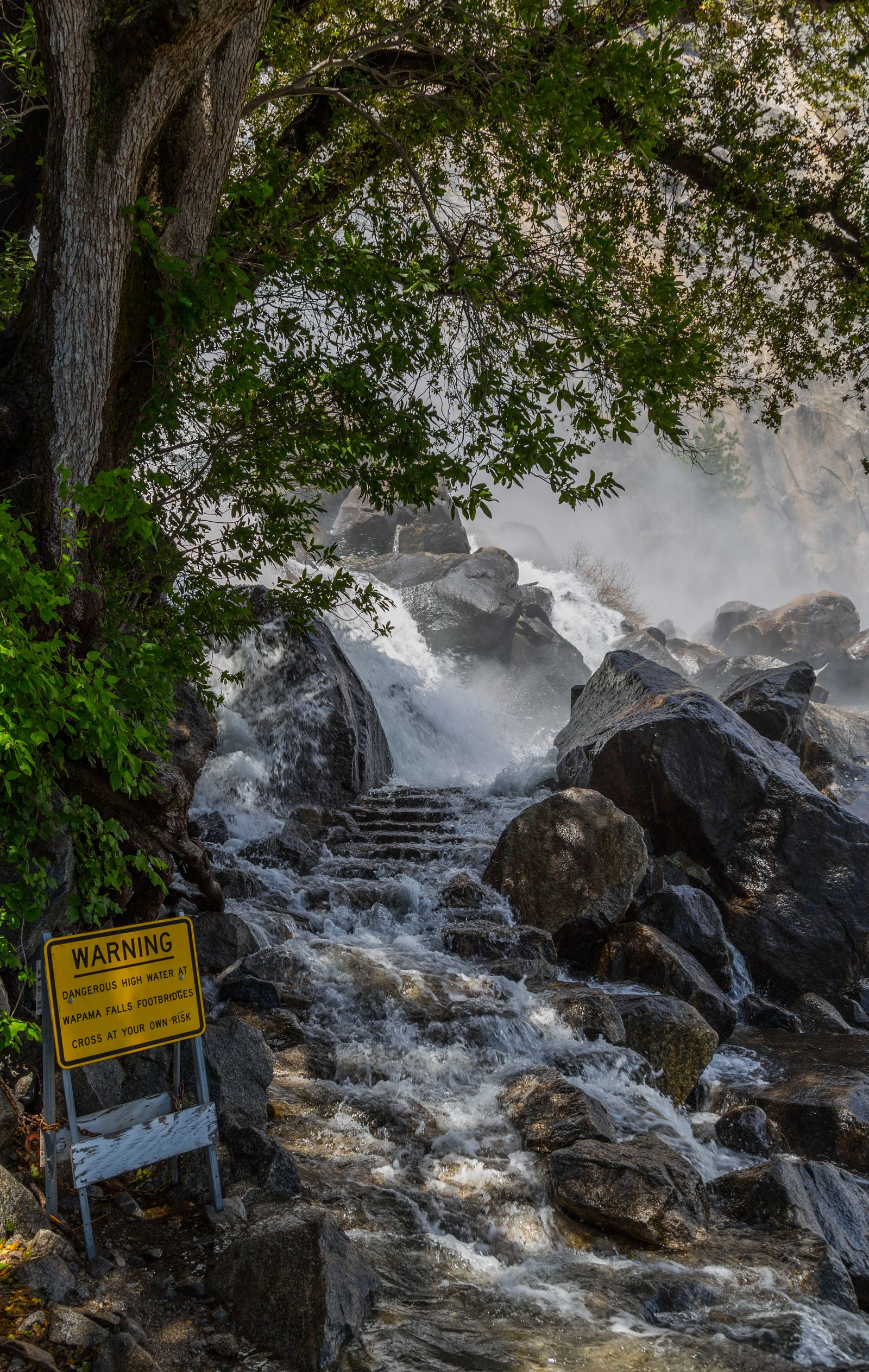 Los puentes de Wapama Falls