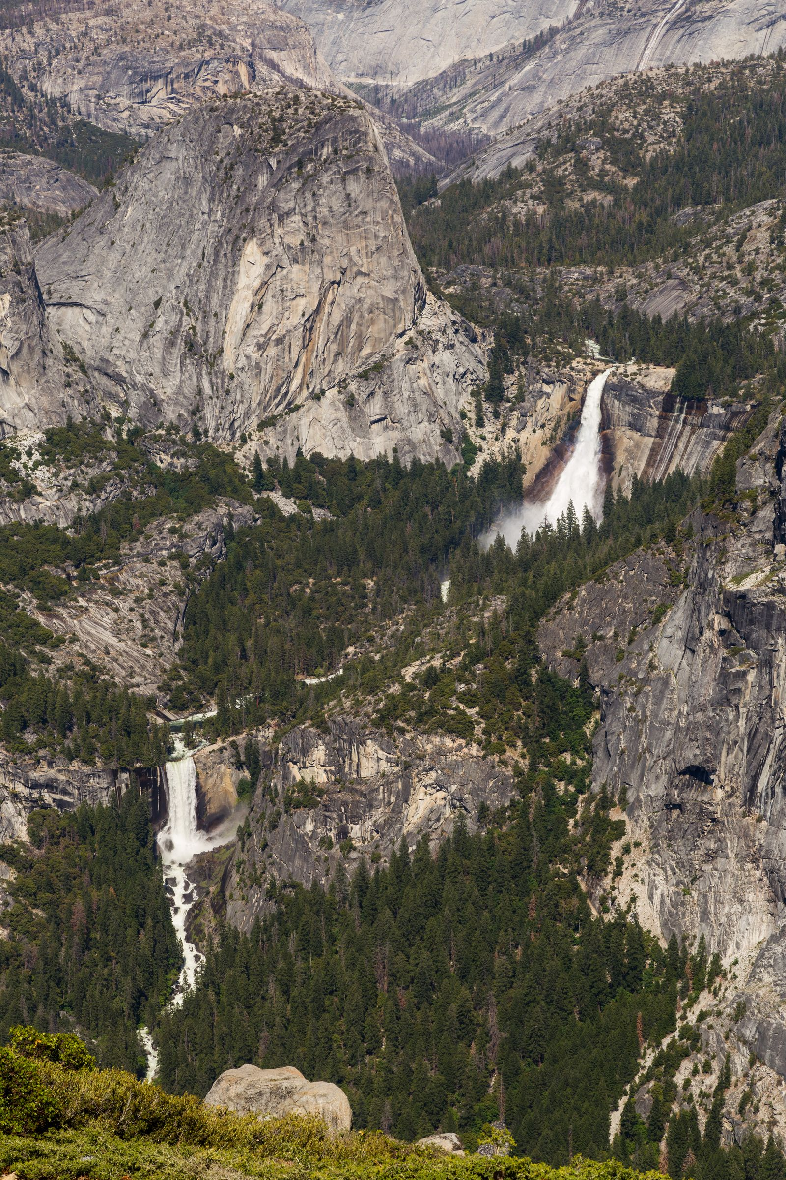 Liberty Cap, Nevada Fall y Vernal Fall