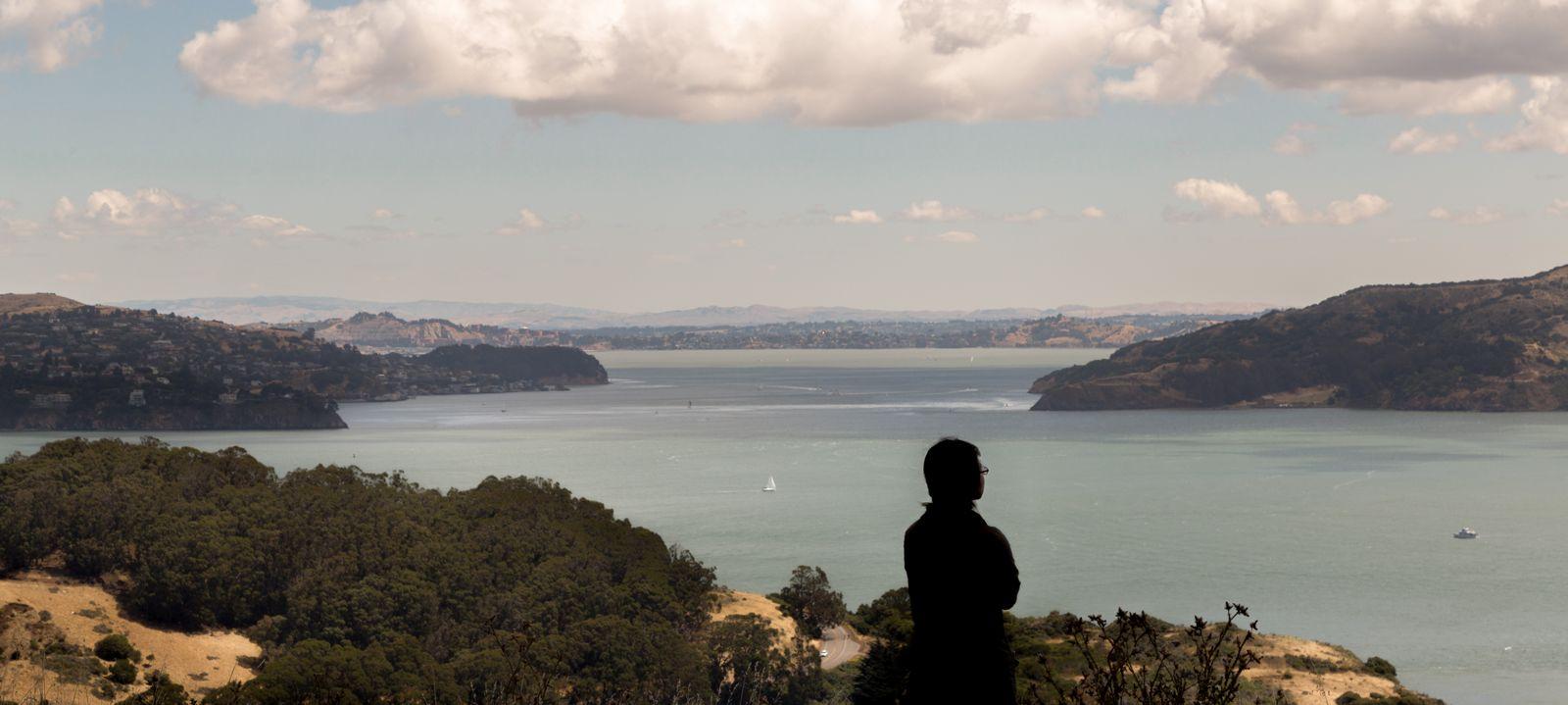Las vistas hacia más allá del puente