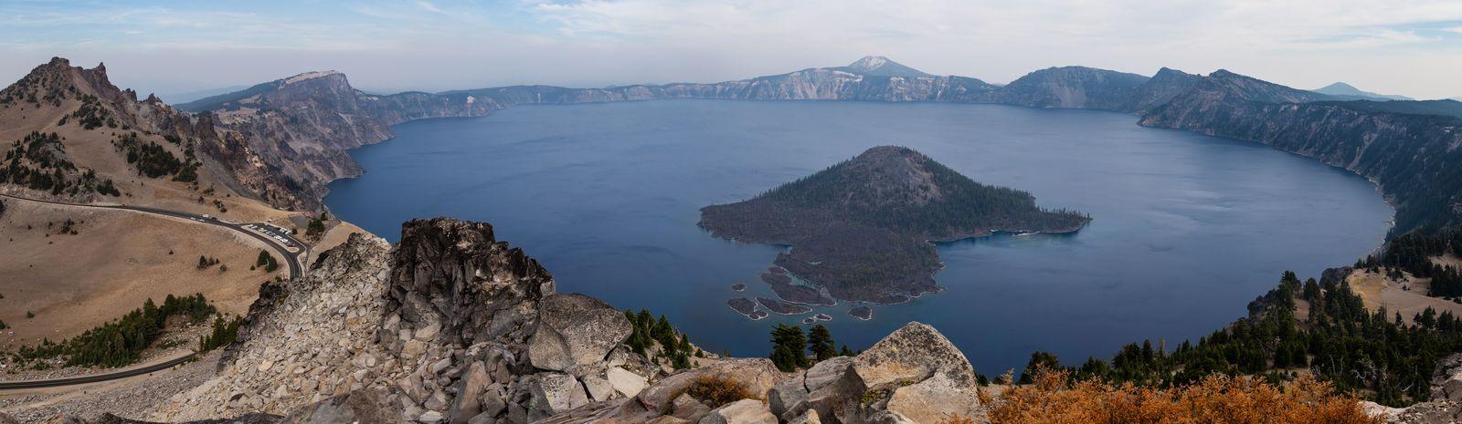 No es ideal, pero aquí está Crater Lake