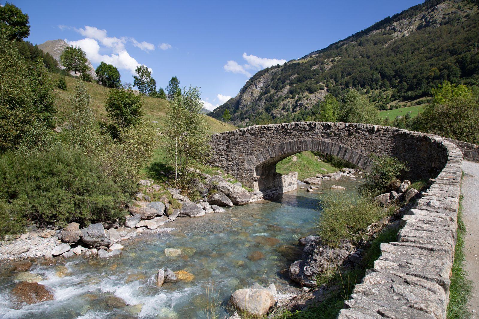 El puente, ahora en mejores condiciones