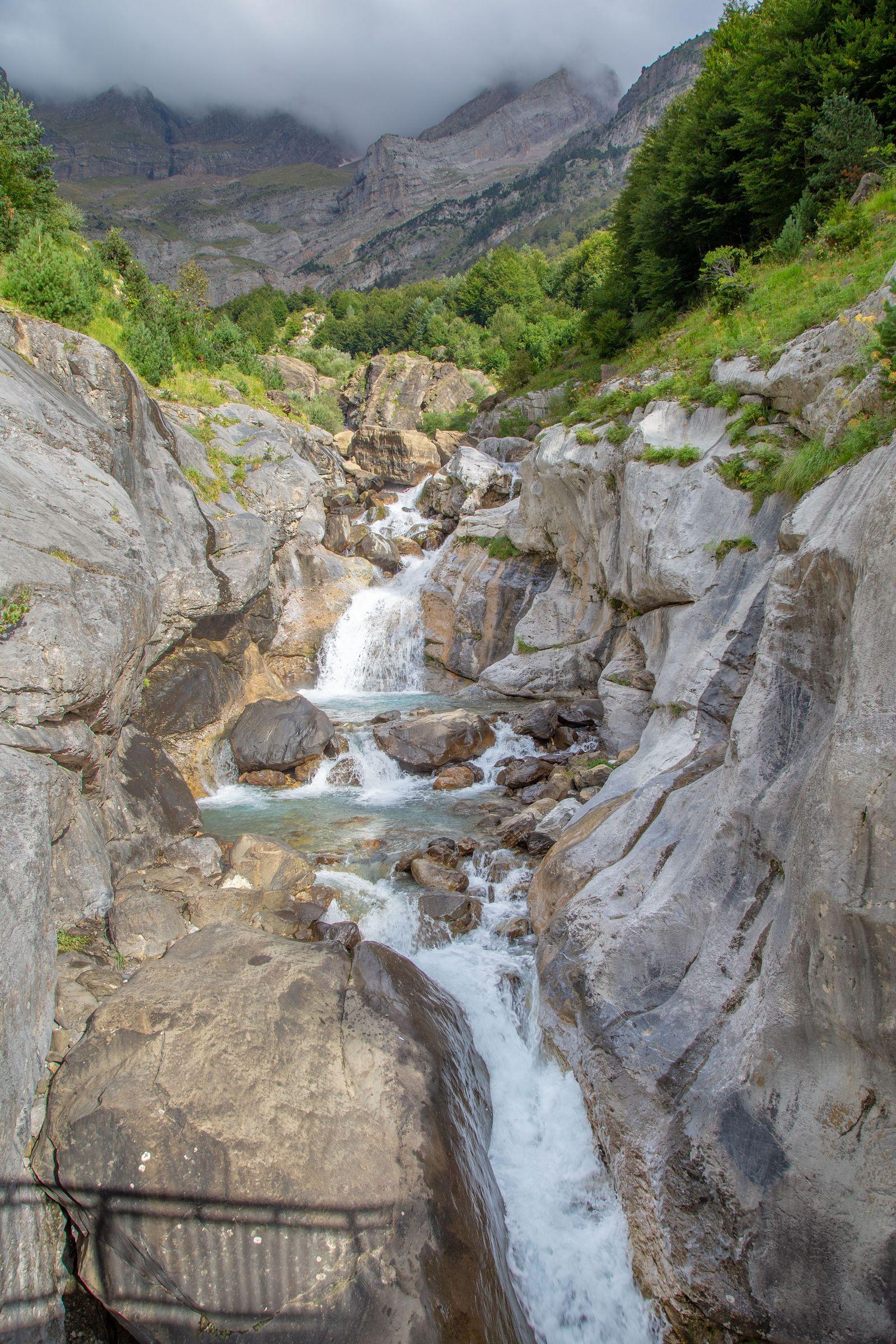 Viendo pasar el Río Cinca