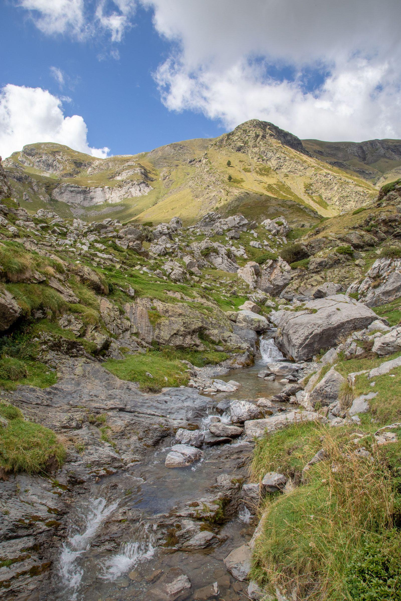 El río con lo que hemos ascendido tras él