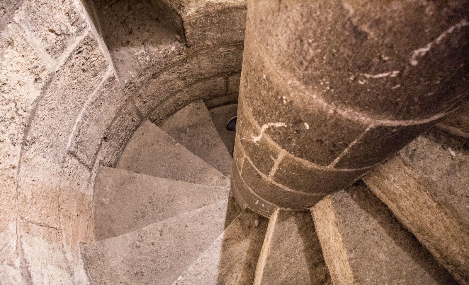 ... y estrechas escaleras