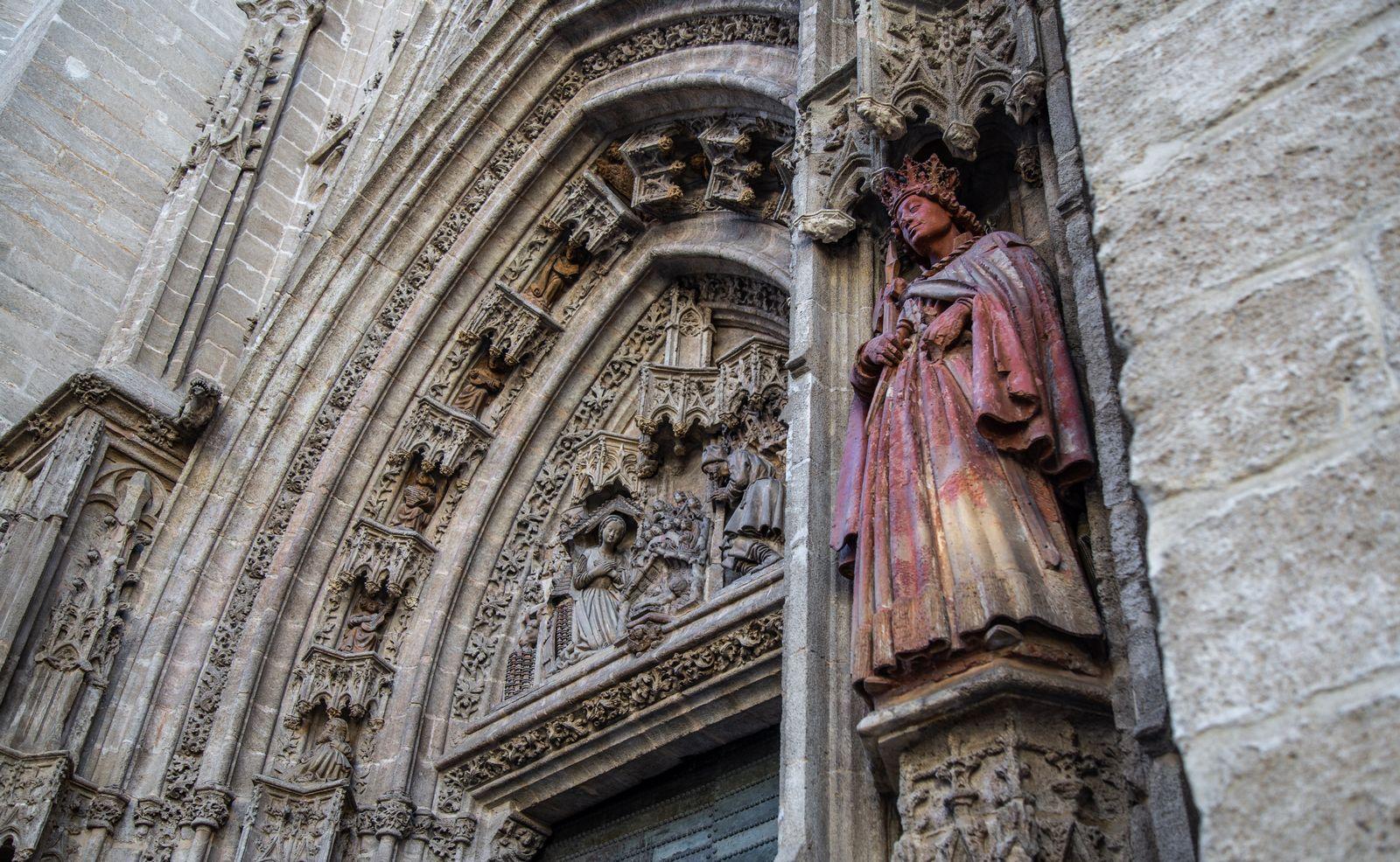 Detalles de la Puerta de San Miguel